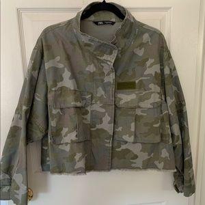 Zara cropped camo jacket